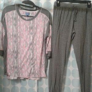 Simply vera vera Wang  pajama set